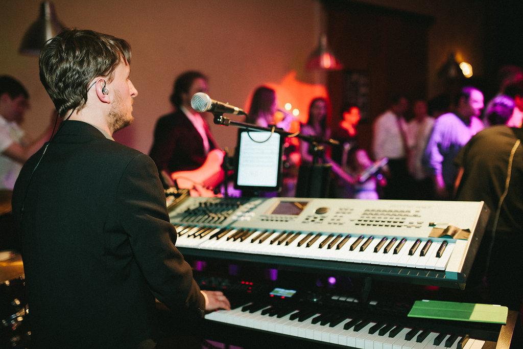 Partyband NRW Keyboards auf Hochzeit